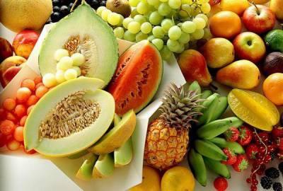 Frukty-i-jagody-dlja-dekorativnyh-krolikov